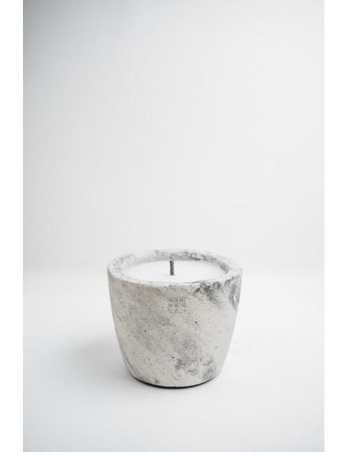 Urban Outdoor Candle Ecru | medium / bug off