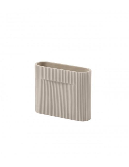 Ridge Vaas | 16,5 cm beige